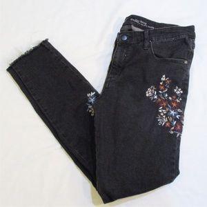 Mossimo Embroidered Floral Raw Hem Ankle Jeans